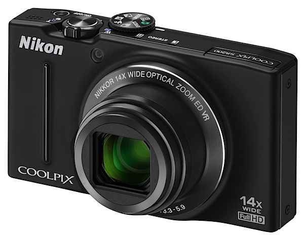 Nikon Coolpix S8200 Review front.jpg