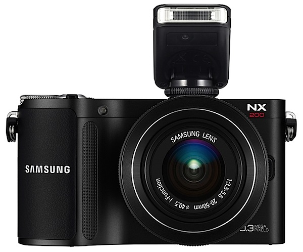 Samsung NX200 flash.jpg